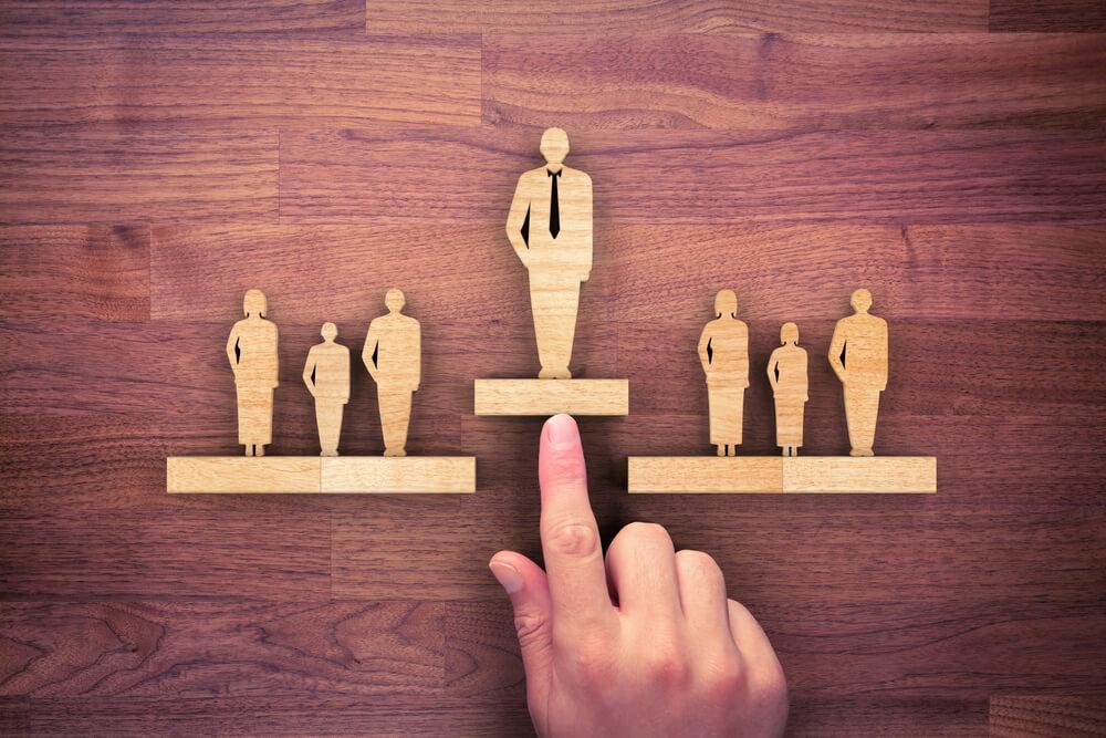 Rechtsformwahl betrifft auch etablierte Unternehmen, Leitungs- und Kontrollbefugnis